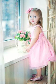 18 Lovely and Cute Kids Valentine Outfit - mybabydoo Precious Children, Beautiful Children, Beautiful Babies, Cute Children, Valentines Outfits, Valentines For Kids, Kind Photo, Anna Pavaga, Style Retro