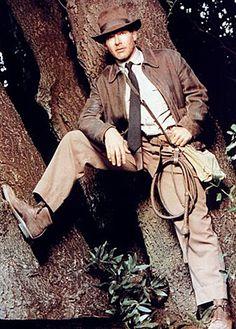 Indiana Jones bull whip and anything else he owns. Indiana Jones Kostüm, Harrison Ford Indiana Jones, Henry Jones Jr, Bull Whip, Cinema Tv, Adventure Movies, Star Wars, Steven Spielberg, Costumes