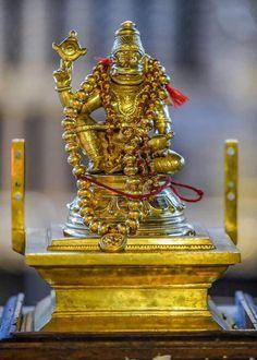Sai Baba Wallpapers, Shiva Lord Wallpapers, Shri Hanuman, Jai Shree Krishna, Krishna Avatar, Prabhas Pics, Om Namah Shivaya, Lord Vishnu, Beautiful Moon