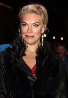 """Hannah Waddingham – """"The Grinning Man"""" Press Night in London Pretty Girl Images, Pretty Girls, Celebrity Photos, Celebrity Style, Celebration Gif, Online Photo Gallery, Pretty Woman, Hair And Nails, Photo Galleries"""