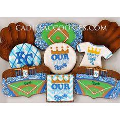 Let's go @kcroyals!! Slay the giants!! #kcroyals #WorldSeries #MLB #baseball #baseballcookies #Royals #royalssocial #TakeTheCrown #BeRoyal #theK #kauffmanstadium #kansascityroyals #kansascity #kc  #decoratedcookies #customcookies #cookies #cadillaccookies