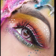 """""""SneakPeak!! I summoned my inner Unicorn by way of @danafierce, @queenofblending, and @shrinkle, for this look. Just a closeup of a look I did for An…"""""""