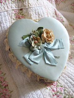Vintage heart box ~❥