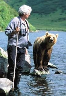 """Die K-Files. Knuts Aussenposten im Indischen Ozean: """"Der Bärenmann in Kamtschatka"""" - Charlie Russel -""""The Bear Man of Kamchatka"""