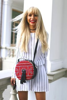 Carmen Grebenisan and our round Sunrise bag Who What Wear, Gucci, Beautiful Women, Shoulder Bag, Sunrise, Bags, Traditional, Inspiration, Awesome
