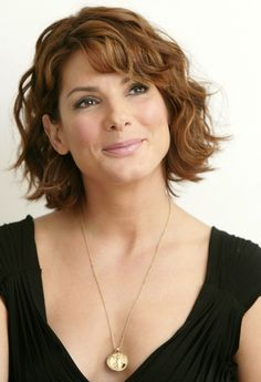 Sandra Bullock Short Hair Hairstyles | GlobezHair