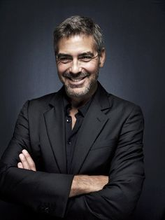 George Clooney, what a suave man. - George Clooney, what a suave man. Corporate Portrait, Business Portrait, Business Photos, Business Men, Headshot Poses, Actor Headshots, Mens Headshots, Portrait Photography Men, Photography Poses For Men