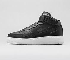 Nike Mens Shoes Air Max Tavas Leather GreyBlackWhite 516