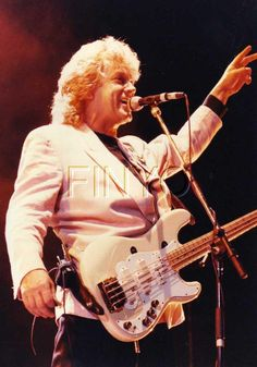 John Lodge of the Moody Blues Psychedelic Bands, Justin Hayward, Nights In White Satin, Blue C, Moody Blues, Progressive Rock, Pink Floyd, Classical Music, Rock Music