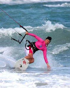 Andrea Esno, female kiteboarder, KiteFlix