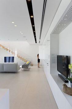 Za House / Shachar Rozenfeld Architects