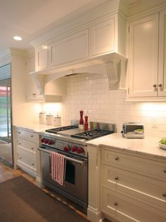 White Kitchen Hood option #3 mantel - alternative. does not reach ceiling | range