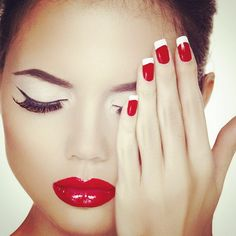 #ManiMonday So simple, you can do them yourself! #ValentinesDay #MeadowbrookMall ️