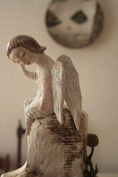 Dreaming Angel Sculpture by yalonetski Ceramic Painting, Ceramic Art, Ceramic Pottery, Pottery Angels, Angel Artwork, Angel Images, Ceramic Angels, Art Corner, Angels Among Us