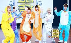 Astro is just too darling, especially when they end up in those onesies! Check out their episode of Fan Heart Attack  #ASTRO #KPOP