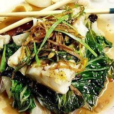 """Foil Steamed Spicy Ginger Soy Cod & Bok Choy This recipe has made it to the """"TOP"""" of all my fish recipes. It& steamed in aluminum foil and cooked in the oven. I can& begin to explain ho. Cod Fish Recipes, Bok Choy Recipes, Seafood Recipes, Asian Recipes, Cooking Recipes, Healthy Recipes, Ethnic Recipes, Steamed Fish Recipes Healthy, Pisces"""