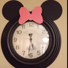Minnie Mouse party decoration
