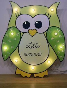 Schlummerlicht Eule grün mit persönlichen Daten von lampenfieber17 auf DaWanda.com