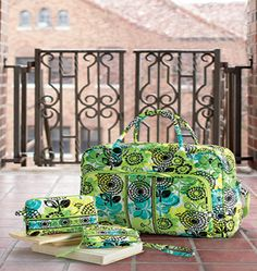 When shopping for Vera Bradley travel bags, Vera Bradley totes, or Vera Bradley luggage, your hardest travel decision may be which Vera travel. Vera Bradley Luggage, Vera Bradley Travel Bag, Vera Bradley Backpack, Puppy Backpack, Cute Luggage, Vera Bradley Patterns, Animal Bag, Backpack Pattern, Travel Style