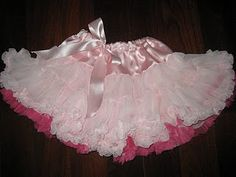 Made By Bronwyn: A pettiskirt - or What I did on my summer holidays! (With pattern diagram!) What little Princess wouldn't love this. Love Sewing, Sewing For Kids, Baby Sewing, Sewing Clothes, Diy Clothes, Handmade Clothes, Little Girl Dresses, Flower Girl Dresses, Tutu Dresses