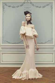shoulders and ruffles, Ulyana Sergeenko HC S13 look book
