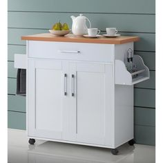 A great way to save space and reorganize any kitchen, this multipurpose cart is a great addition to any home.