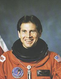 Samuel Durrance; STS-35, STS-67