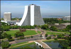 Porto Alegre, das praias à selva de pedra: todo o luxo, o verde e a brutal densidade da capital gaúcha - SkyscraperCity