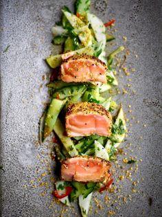 You will find the best recipe for Tataki of salmon at njam!, You will find the best recipe for Tataki of salmon at njam! Raw Food Recipes, Fish Recipes, Cooking Recipes, Healthy Recipes, Cooking Pork, Tapas, Kohlrabi Recipes, Healthy Pumpkin, Sashimi