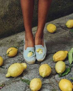 Obsessed with brand Soludos' espadrilles Chambray, Espadrilles Outfit, Smoking Slippers, Capri, Outfit Maker, Mellow Yellow, Summer Shoes, Platform, Cinnamon
