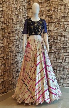 8880f6f53e85 22+ trendy skirt and crop top indian casual #skirt Lehenga Crop Top, Lehenga