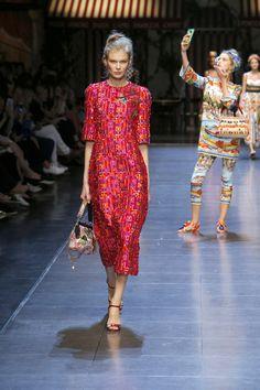 dolce-and-gabbana-summer-2016-women-fashion-show-runway-72