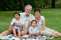 Great photo with the grandparents by Sunny Days Photography