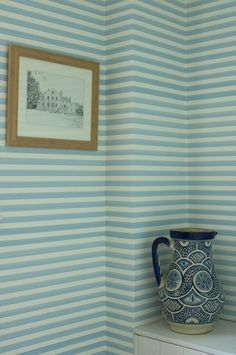 Farrow & Ball wallpaper run horizontal