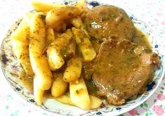 Κερκυραϊκό Σοφρίτο !!!! ~ ΜΑΓΕΙΡΙΚΗ ΚΑΙ ΣΥΝΤΑΓΕΣ 2 Greek Recipes, Pot Roast, Pork, Food And Drink, Meals, Chicken, Cooking, Ethnic Recipes, Kitchen