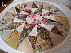 camelot quilt   by lizzie_broderie