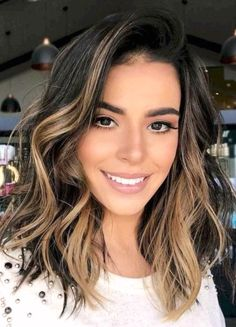dark brown hair with honey-colored strands, hairstyles medium-length, lock . Medium Hair Cuts, Medium Hair Styles, Short Hair Styles, Haircut Medium, Bob Hairstyles For Thick, Long Bob Haircuts, Damp Hair Styles, Trending Hairstyles, Brown Hair Colors