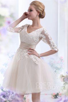 Dreamy A-line V-Neck Half Sleeve Short-Mini Tulle Wedding Dress CWLK13002