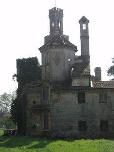 Villa Fontanili, Italy