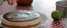 Torta de Limão com Chocolate é uma receita simples e com poucos ingredientes, mas que tem garantia de elogios pelo seu sabor. Confira no Amélia com Vaidade!