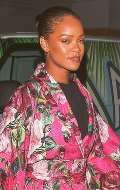 June 9: Rihanna dined at her favorite restaurant wearing a Dolce & Gabbana kimono mini dress. Get more outfit details @ http://bit.ly/1UH33bW
