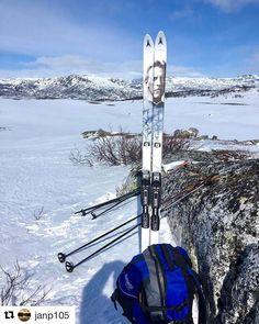 Explorer utenom det vanlige. #FritjofNansen #reiseliv #reisetips #reiseblogger #reiseråd  #Repost @janp105 with @repostapp  En liten pust i bakken Fritjof Nansen var enig #Hovden #Fjellbyenhovden #nrksørlandet #Visitsørlandet  #bns_world #bns_landscape #bns_norway #photo_smiles_world #thebestofscandinavia #iamnordic #vghelg #we_heart_norway #whywelovenature #norway_photolovers