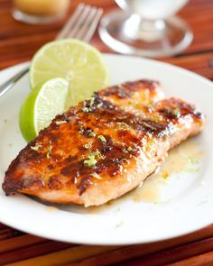 EASY BAKED SALMON WITH AGAVE AND LIME (*Gluten Free)  YUM!!!  This is seriously one of the best salmon recipes I have tried lately!  So good!  Super easy and healthy! :)