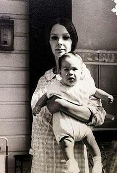 keanu and mom