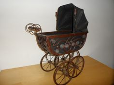 Antique Stroller Vintage Stroller, Baby Carriage, Bassinet, Baby Strollers, Home Decor, Strollers, Baby Buggy, Baby Prams, Crib