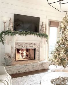 Newest Pic Fireplace Remodel brick Popular 34 Gorgeous Farmhouse Fireplace Design Ideas Best For Living Room White Fireplace, Diy Fireplace, Living Room With Fireplace, Fireplace Design, Fireplace Decorations, Whitewash Stone Fireplace, Farmhouse Fireplace Mantels, Whitewashed Brick, Country Fireplace
