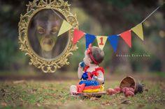 Snow White cake smash photography session