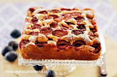 proste ciasto ze sliwkami Plum Jam, Polish Recipes, Polish Food, No Bake Desserts, Let Them Eat Cake, Baked Goods, Tiramisu, Food And Drink, Sweets