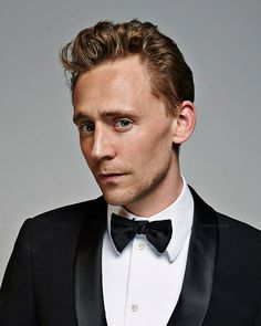 Tom Hiddleston ~~~ How is this face even possible?? GORGEOUSNESS OVERLOAD <AGREED!!!!