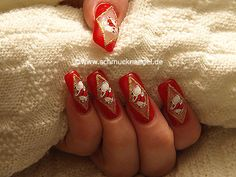 Papá Noel en uñas decoradas - Motivo de Navidad 10 - Nail Art Motivo 150 http://www.schmucknaegel.de/